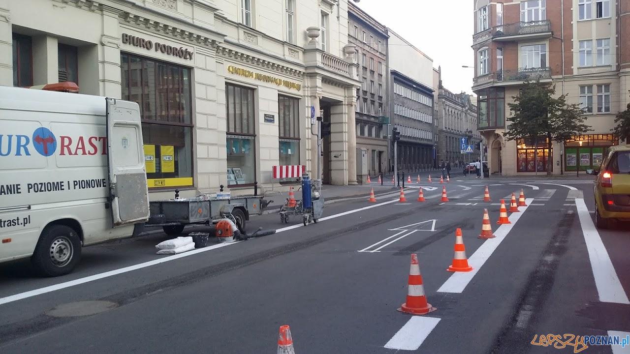 Bałagan komunikacyjny w centrum  Foto: twitter @UberPoznan