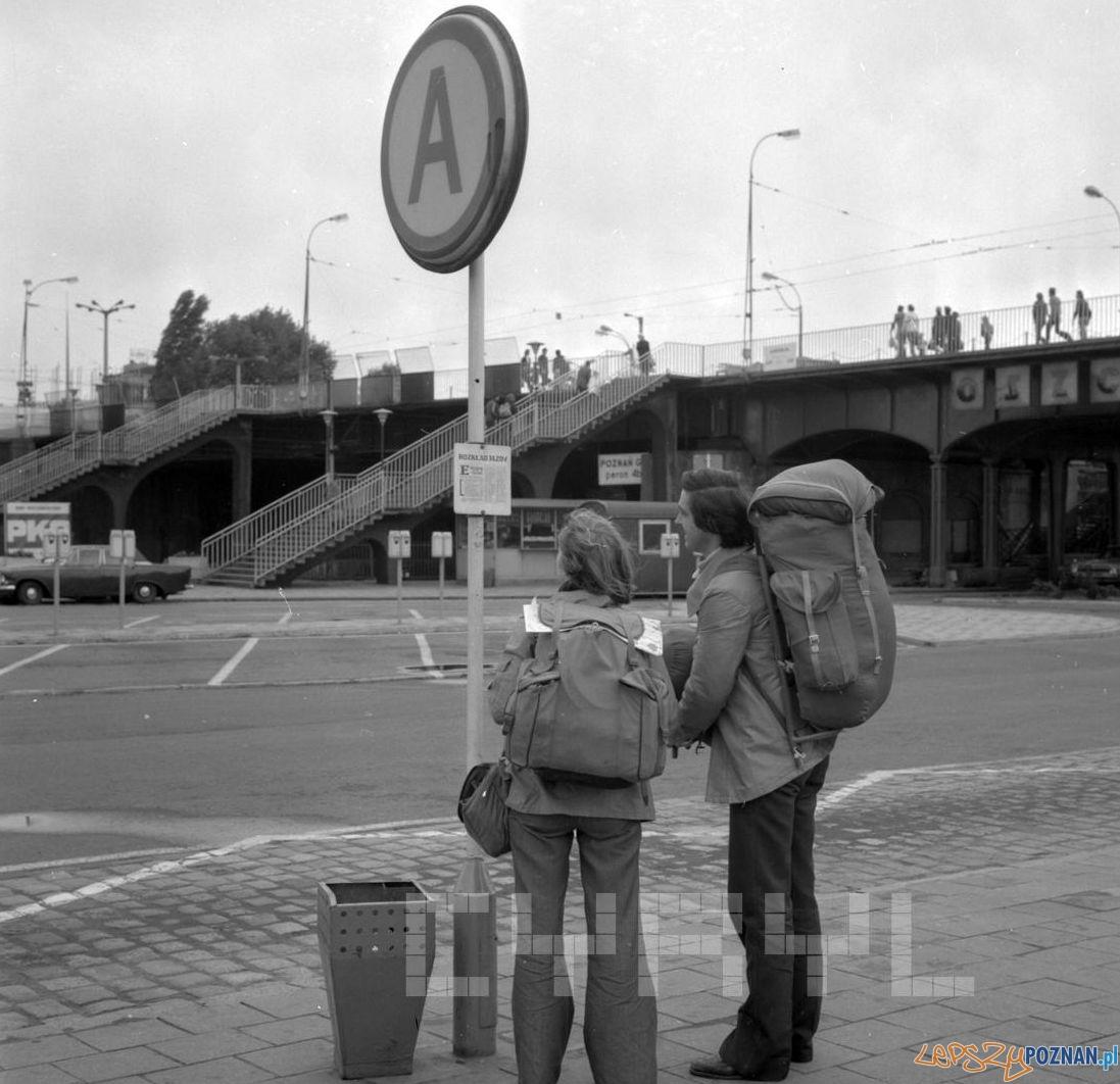 Przystanek Dworzec PKP 27.08.1978  Foto: Stanisław Wiktor / Cyryl