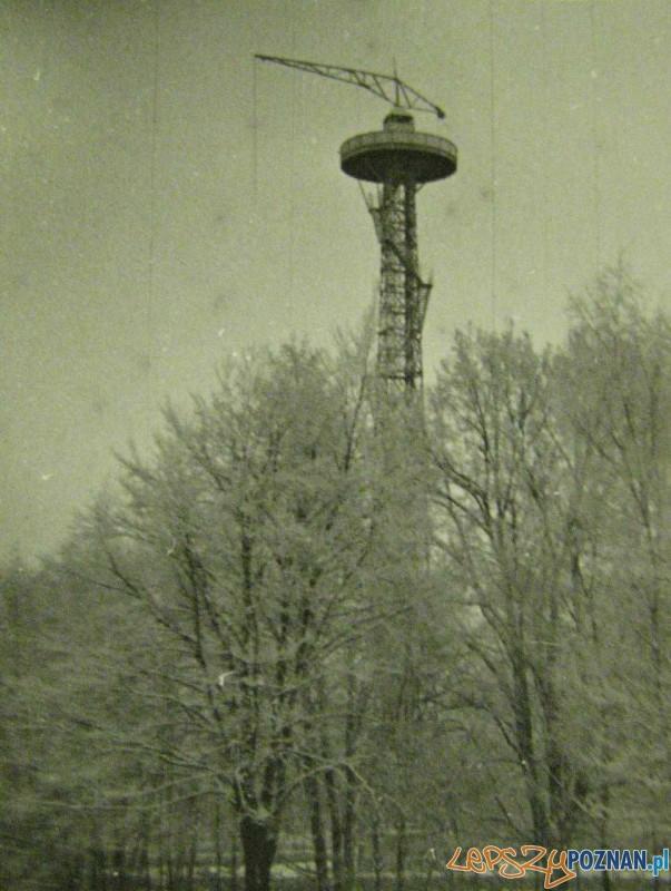 Wieża spadochronowa w Parku Sołackim