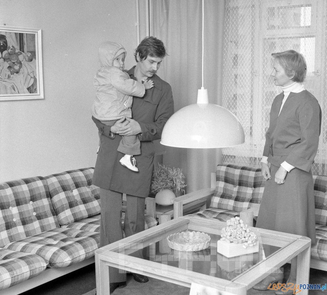 Wzorcowe mieszkanie - wystawa i sprzedaż mebli na Os. Czecha - 25.09.1978