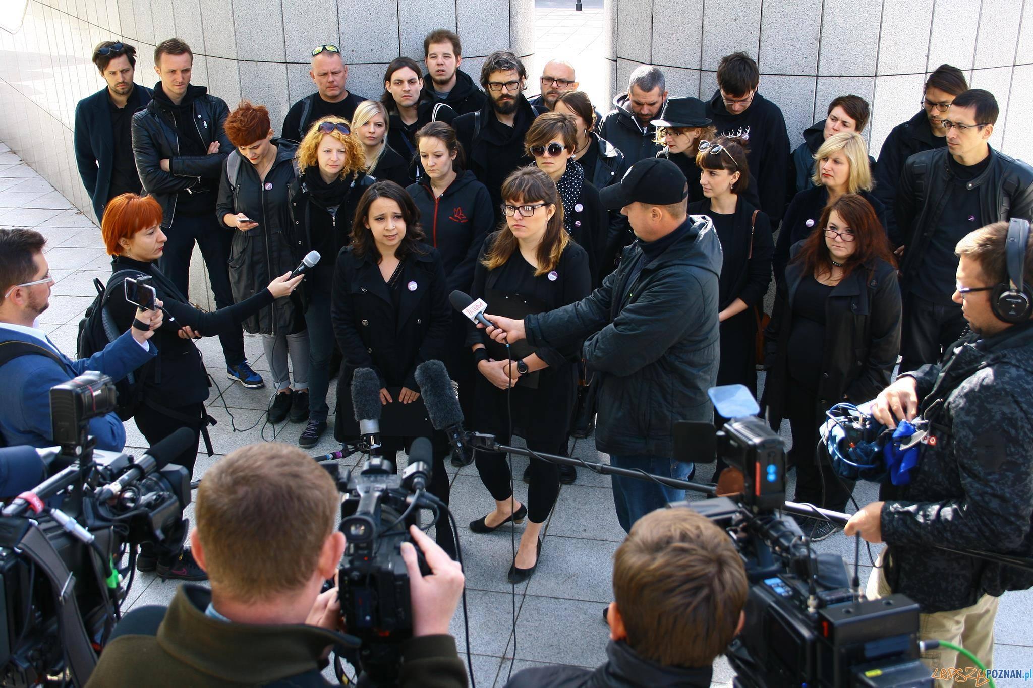 Czarny Protest  Foto: materiały prasowe Partii Razem