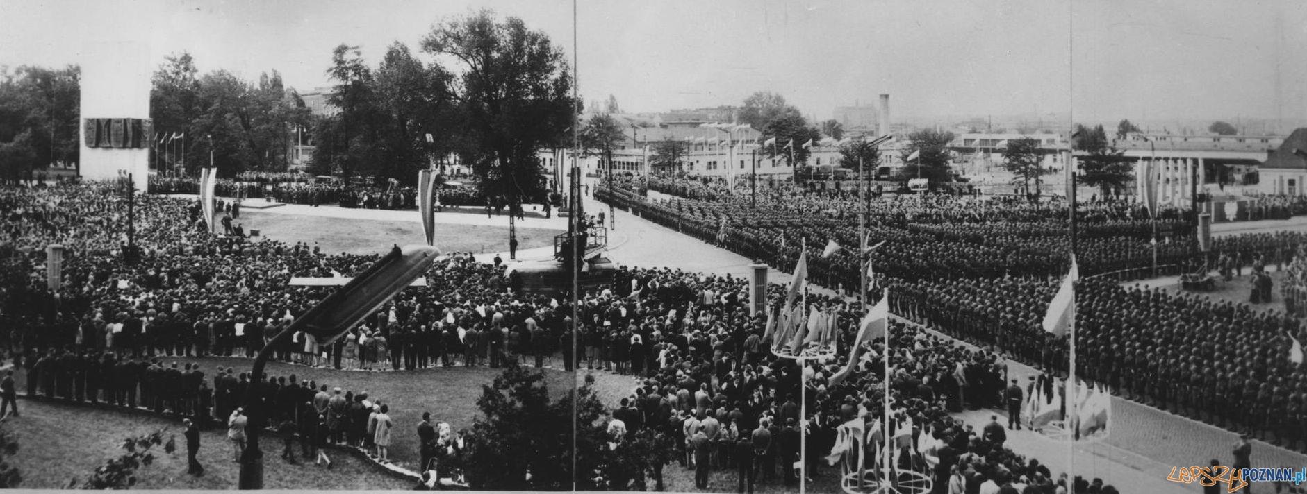 Odsłonięcie pomnika Powstańców Wielkopolskich - 19.09.1965