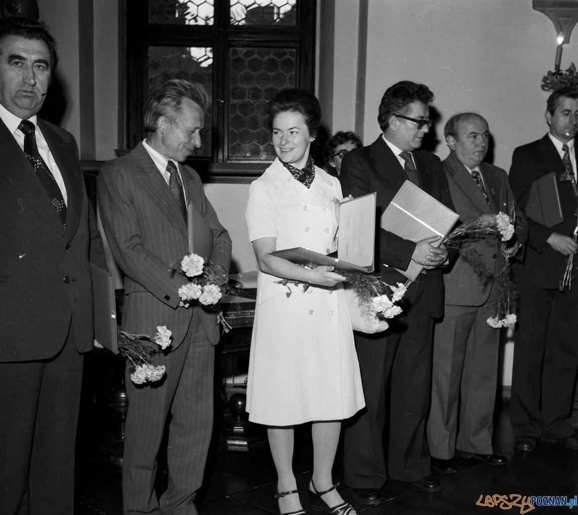 Jadwiga Kaliszewska podczas wręczania Nagród Województwa Poznańskiego za rok 1978