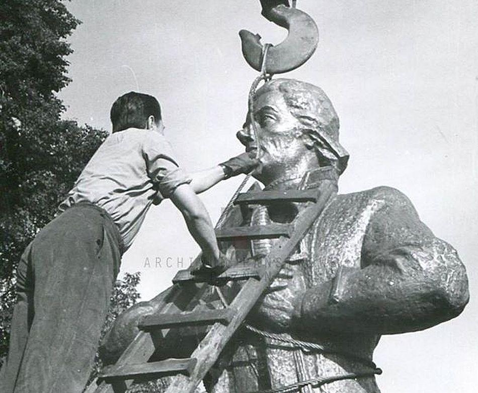Montaz pomnika Kościuszki (1967)