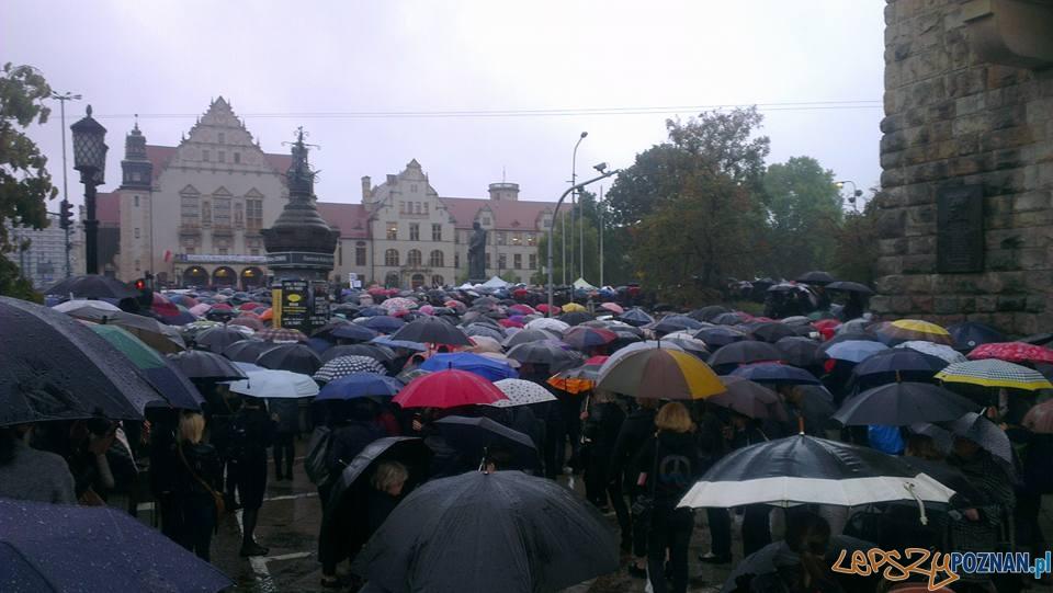Czarny Poznań - zablokowany Poznań