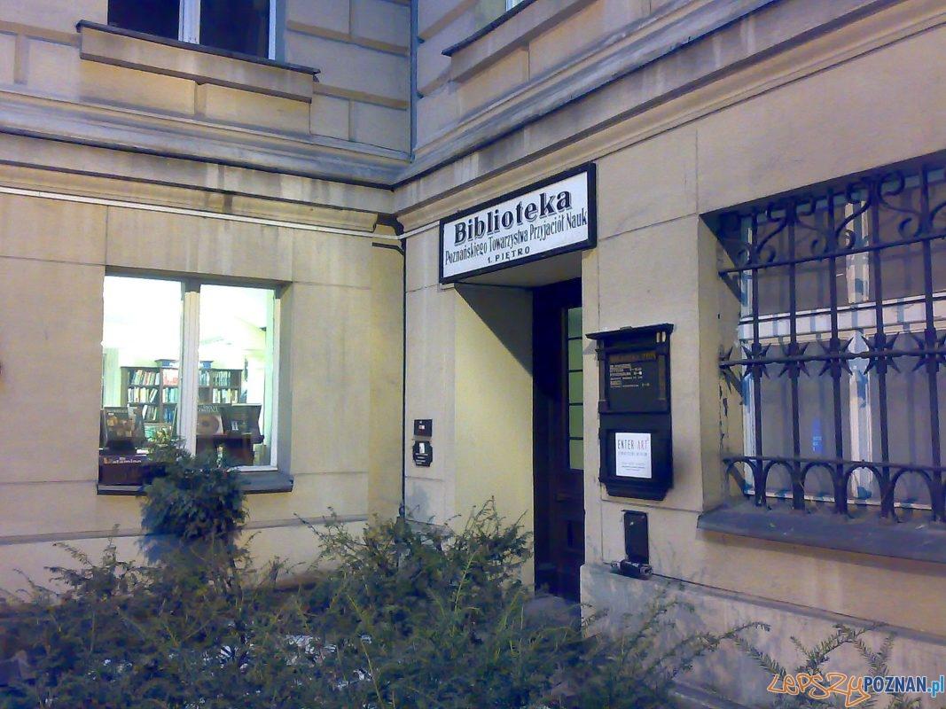 Biblioteka PTPN