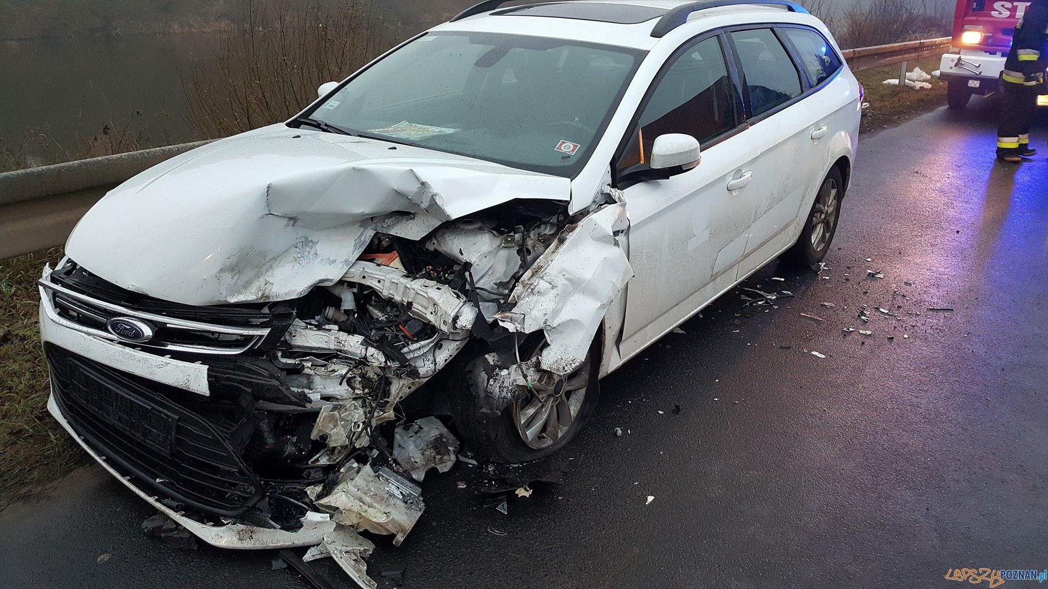 Śmiertelny wypadek, stłuczki. Ślisko na drogach!  Foto: Pomoc Drogowa EuroHol