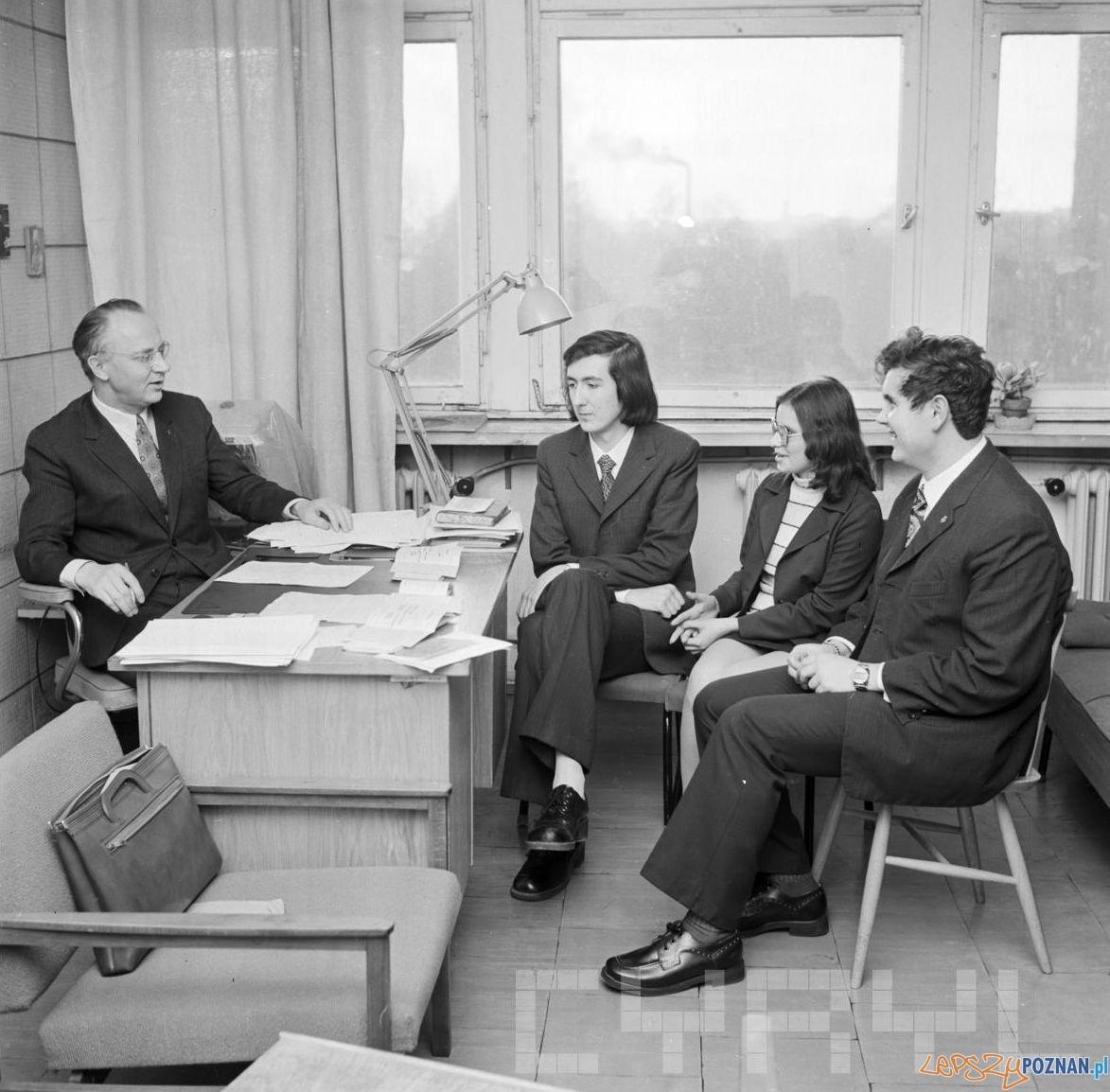 Sesja egzaminacyjna na Uniwersytecie Adama Mickiewicza - 17.01.1974  Foto: Stanisław Wiktor / Cyryl