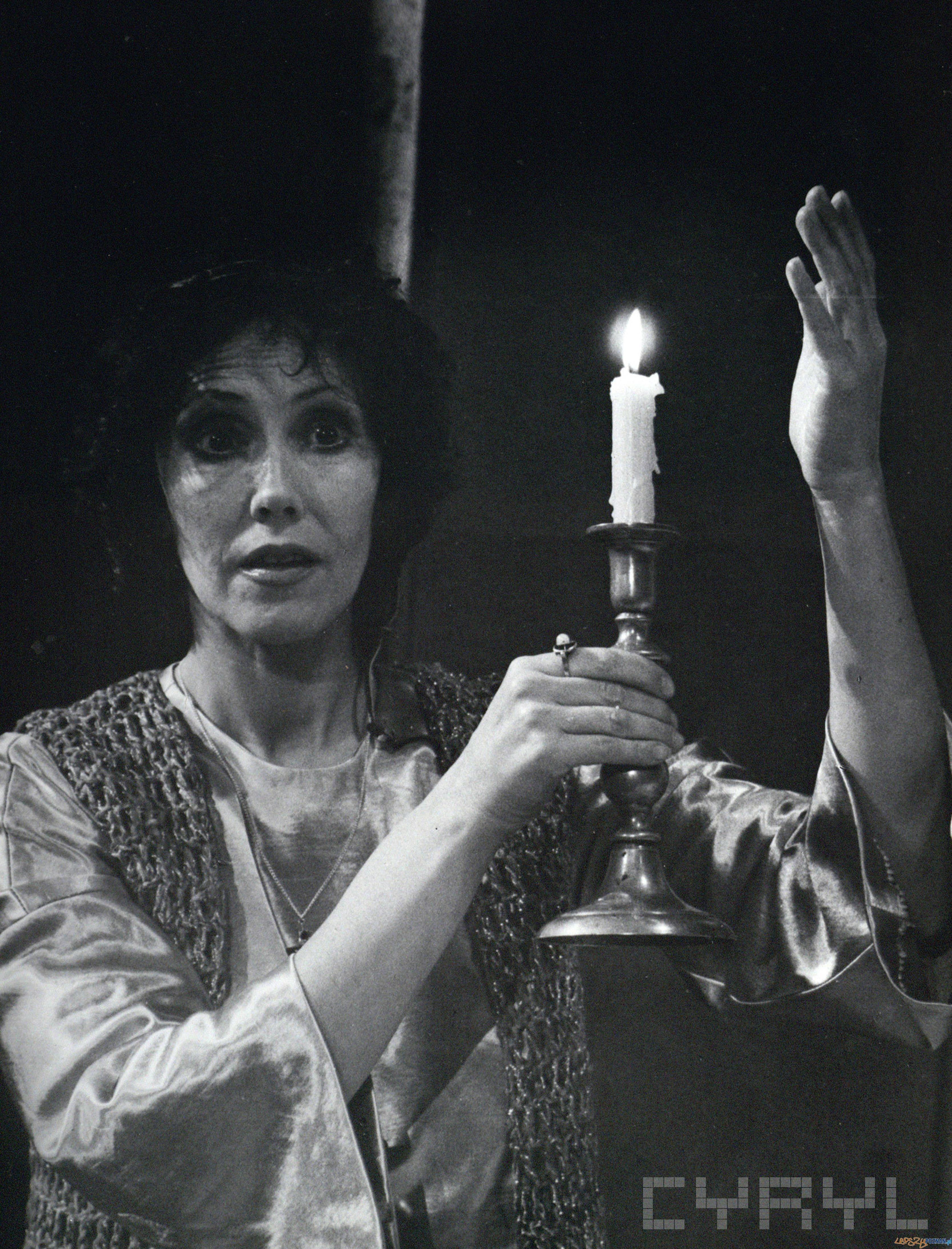 """Hanna Stankówna w spektaklu """"Zakładnik"""" Paula Claudela - Teatr Polski 16.12.1882  Foto: Rafał Jesionowicz/ Cyryl"""