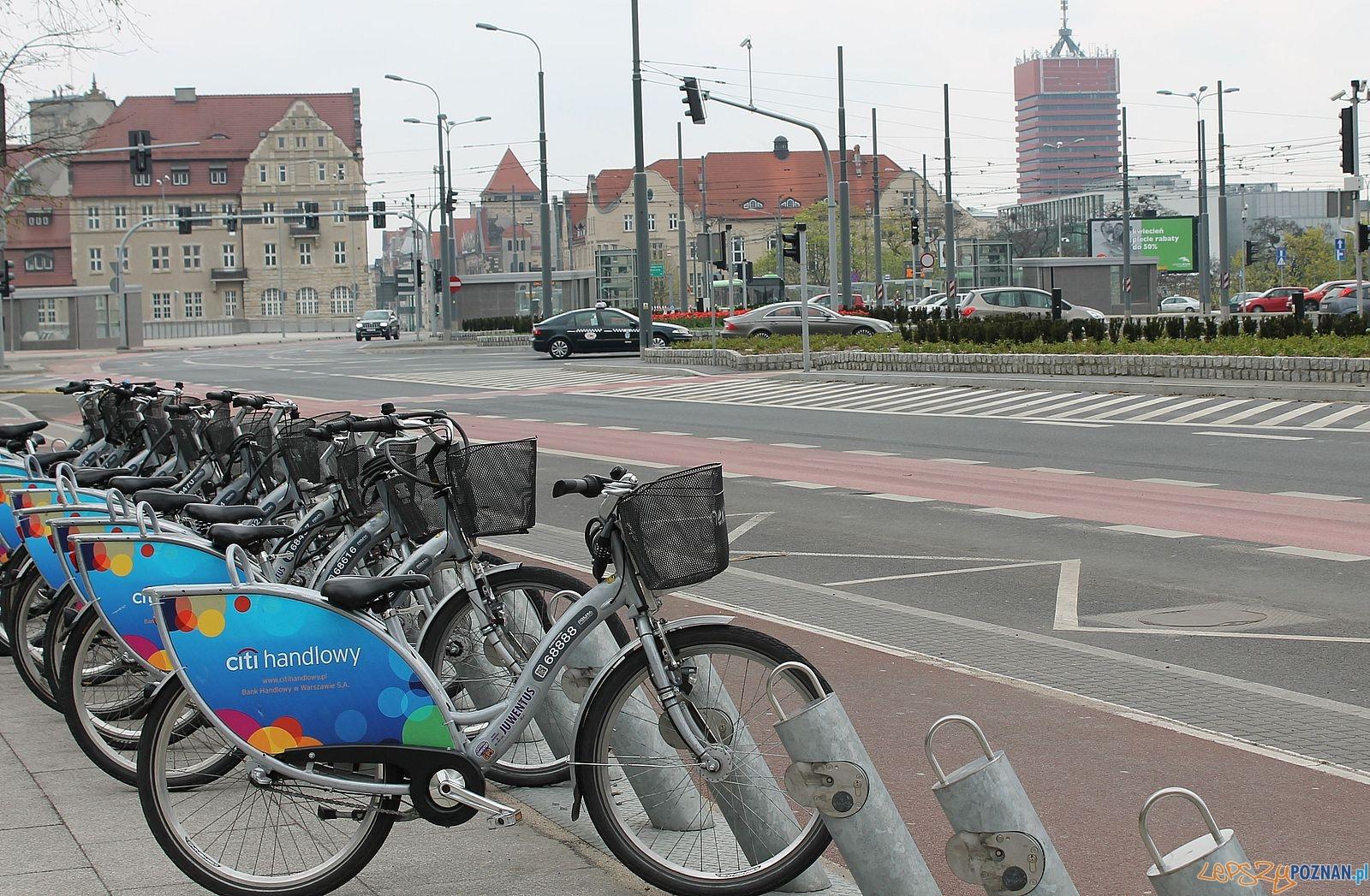 Stacja rowerowa - Kaponiera  Foto: Tomasz Dworek