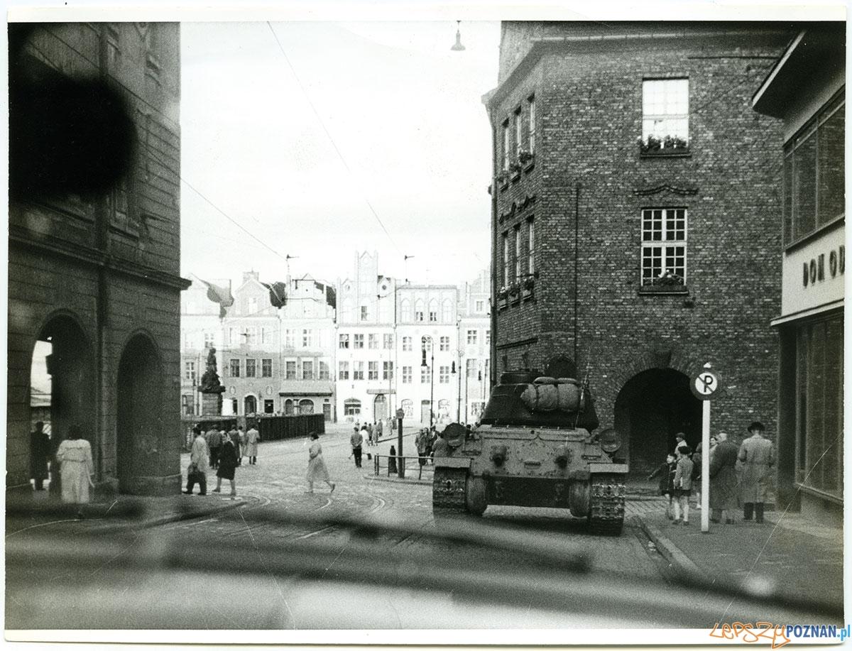 Ulica Paderewskiego i Stary Rynek - Poznań, czerwiec 1956  Foto: Peter Schaeffer