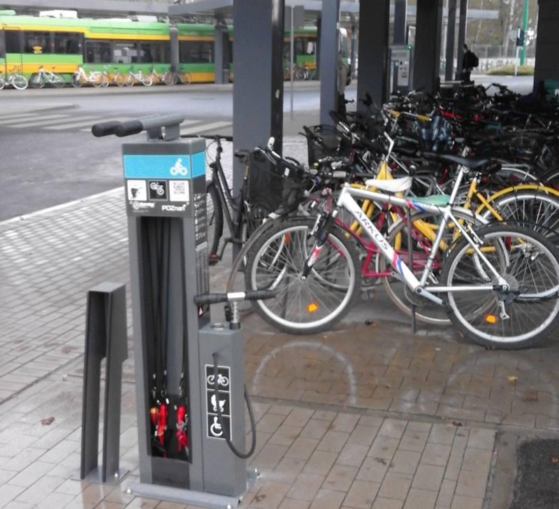 Stacje napraw rowerów (3)  Foto: ZDM