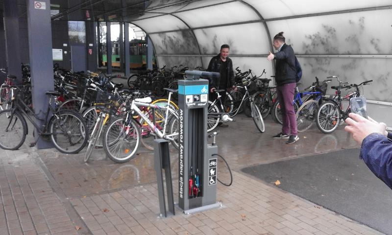 Stacje napraw rowerów (1)  Foto: ZDM