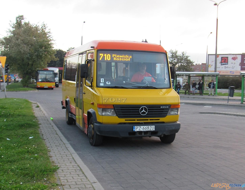 Autobus linii 710  Foto: ZTM