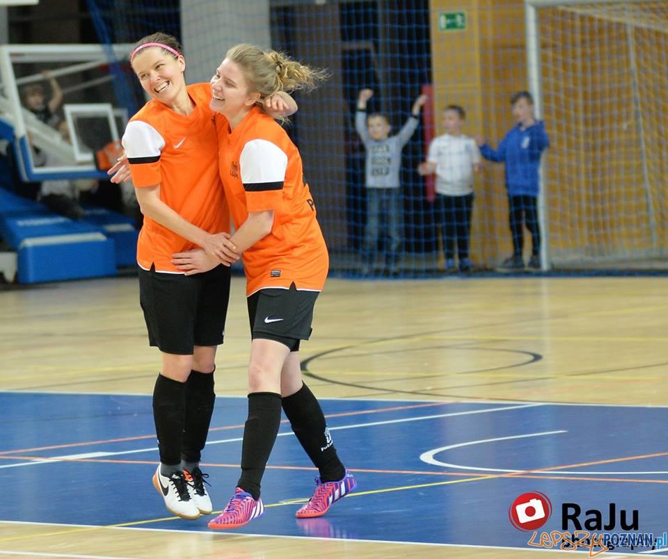 Futsal kobiet - AZS UAM Poznań - LKS Rolnik B. Głogówek  Foto: RaJu Photography / materiały prasowe