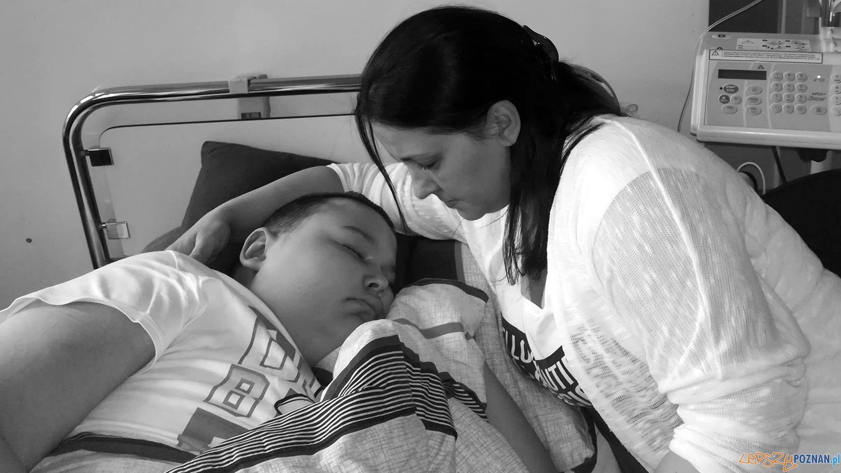 Eryk z mamą w szpitalu  Foto: