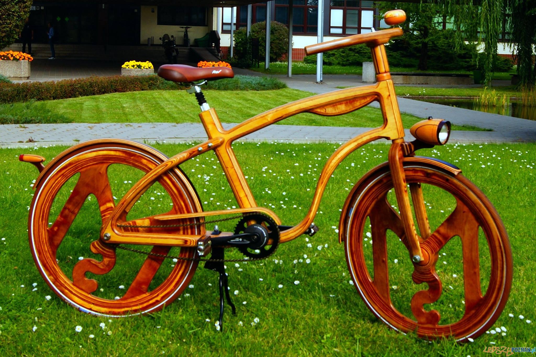 Rower z drewna - SOWA- Mikołaj Sowacki (2015)  Foto: Uniwersytet Przyrodniczy - materiały prasowe