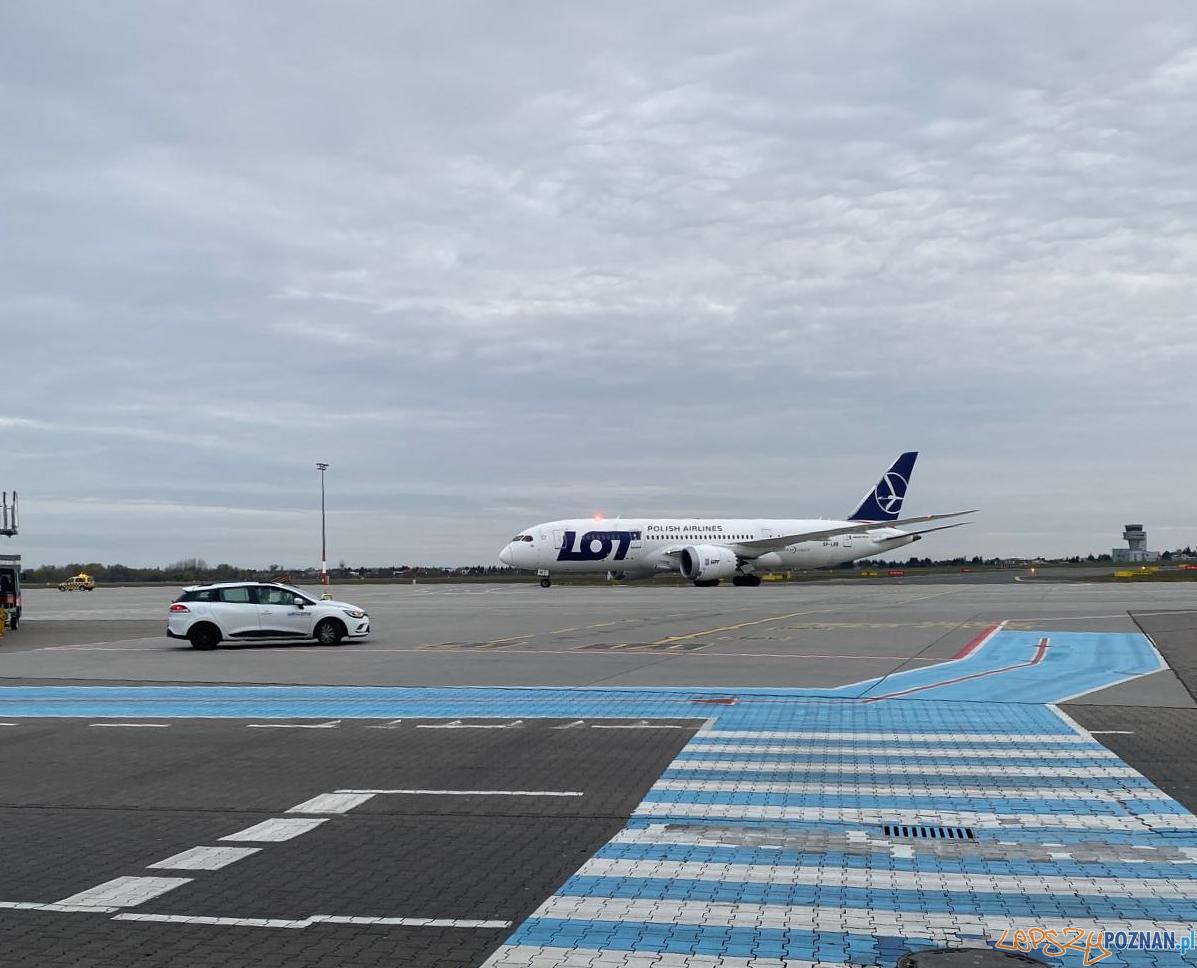 Samolot z pierwszym transportem sprzętu medycznego  Foto: fb / Kulczyk Foundation