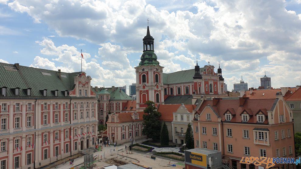 Plac Kolegiacki - lipiec 2020  Foto: lepszyPOZNAN / S9+