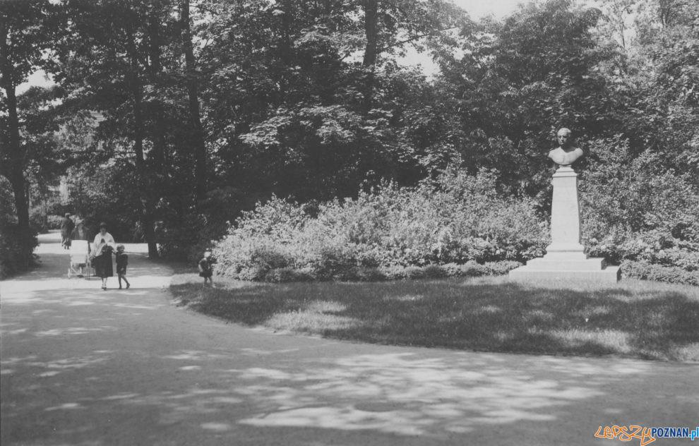 Park Moniuszki 1926 [IKC NAC]  Foto: NAC / IKC - domena publiczna